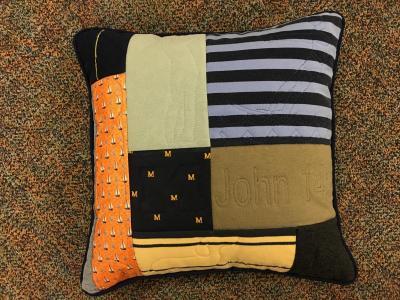 Eding pillow (1)
